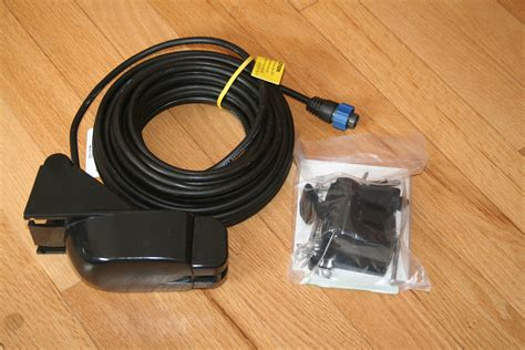 Sold Sold Lowrance LMS 337C GPS Plotter/Fishfinder with