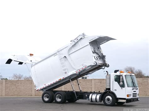2009 Condor New Way 40 Yard Front Load Garbage Truck for Sale
