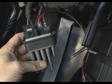 How to replace heater blower/fan resistor - Opel, Vauxhall
