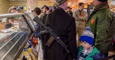 Armed Texans Celebrate State's New Open-Carry Status - The