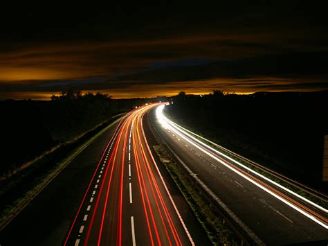 13 Ways to Drive Safely on a Night Shift | Freightlink