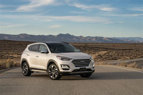 2019 Hyundai Tucson Debuts With Refreshed Face, Drops 1
